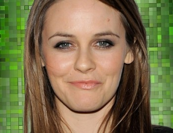 Alicia Silverstone - celebrities with solar homes